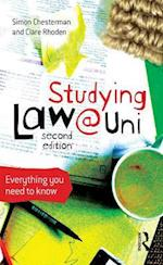 Studying Law at University af Simon Chesterman, Clare Rhoden