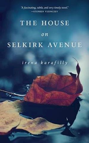 Bog, paperback The House on Selkirk Avenue af Irena Karafilly