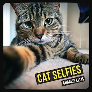 Cat Selfies af Charlie Ellis