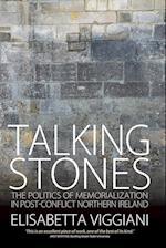 Talking Stones af Elisabetta Viggiani