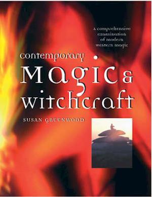 Bog, paperback Contemporary Magic and Witchcraft af Susan Greenwood