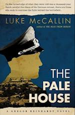 The Pale House af Luke Mccallin
