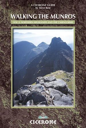 Walking the Munros Vol 2 - Northern Highlands and the Cairngorms af Steve Kew