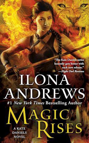 Magic Rises af Ilona Andrews