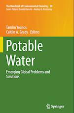 Potable Water (HANDBOOK OF ENVIRONMENTAL CHEMISTRY, nr. 30)
