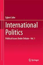 International Politics af Egbert Jahn