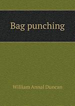 Bag Punching af William Annal Duncan