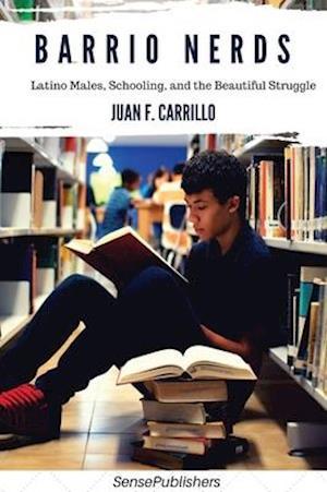 Bog, paperback Barrio Nerds af Juan F. Carrillo